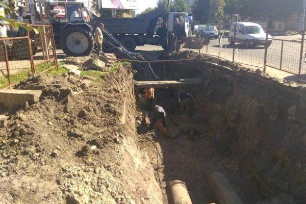 Черкаська ТЕЦ у районі Благовісної проводить ремонтні роботи по заміні тепломережі