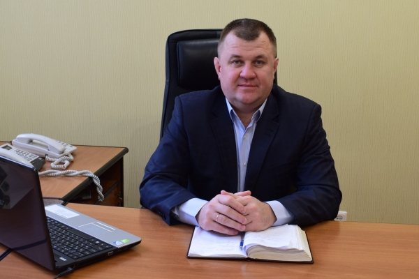 Вітаємо з Днем народження голову правління ПРАТ «Черкаське хімволокно» Віктора Олексенка!