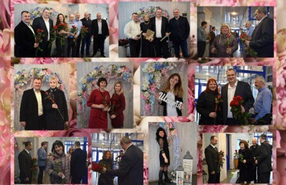 Керівництво ВП «Черкаська ТЕЦ» ПРАТ «Черкаське хімволокно» креативно привітало жінок підприємства з 8 березня!