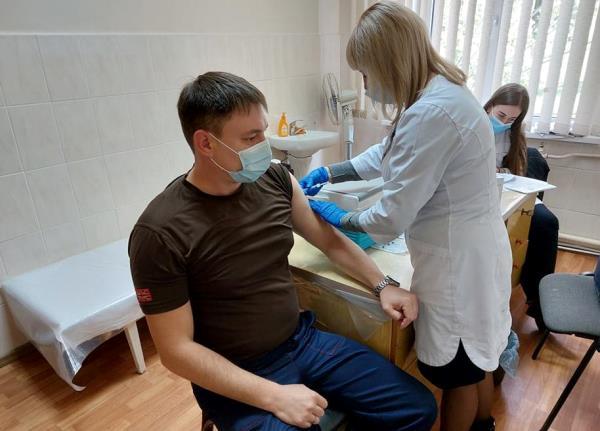 На Черкаській ТЕЦ продовжують вакцинувати працівників від Covid-19